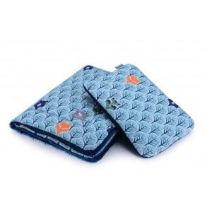 Плед с подушкой Cottonmoose Cotton Velvet 408/86/145 голубой (лесные животные) с темно-синим (бархат)